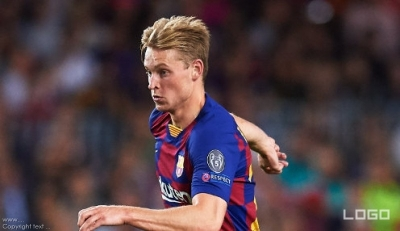 De Jong: Barca getting better