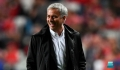 Mourinho switches focus for Spurs