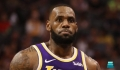 James keeps focus on Lakers